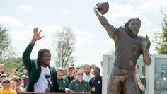 'You Don't Dream This': RG3 Statue Unveiled - Baylor Bears Official Athletic Site - BaylorBears.com