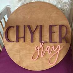 24 Round Custom Name Wood Sign Baby Name Sign Unisex Baby Names, Cute Baby Names, Baby Girl Names, Boy Names, Nursery Name, Nursery Signs, Nursery Room Decor, Baby Name List, Baby Name Signs
