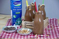 Como fazer um pequeno-almoço saudável a um dia de semana para toda a família: Smoothie de Cacau e Coco sem Açúcar nem Lactose