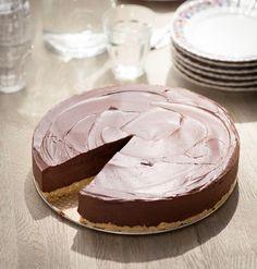Tijd voor chocoladetaart met limoncello > http://ciaotutti.nl/italiaans-eten/recepten/heerlijk-italiaans-chocoladetaart-met-limoncello/ Heel makkelijk te maken en meer dan heerlijk resultaat!