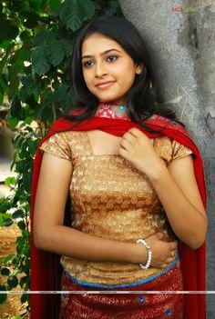 Sri Divya very beautiful South Indian Bride, South Indian Actress, Beautiful Indian Actress, Beautiful Actresses, Indian Teen, Indian Girls, Girl Photo Shoots, Girl Photos, Hot Poses