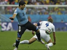 The hope of the FIFA  world Cop Uruguay was completely revived as Luis Suárez twice in his return from knee surgery scored to beat enemies of Group D England 2-1.