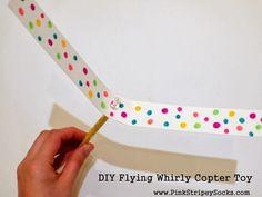 Розовые Stripey Носки: сделай сам Летающий Whirly вертолет игрушки