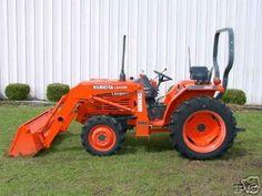 I Kubota. Just like mine. Kubota Tractors, Old Tractors, Farming, Birthday Ideas, Landscaping, Favorite Things, Husband, Tools, Bedroom