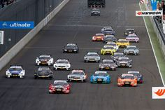 Sporting regulations   Start   DTM.com // The standing-start format is used for both races. The starting grid is formed on staggered rows and according to the result of the respective qualifying session.