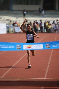Elite Indian Women participant finishes the run at the #TCSWorld10K 2012