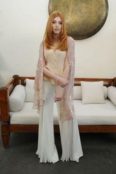 Katherine McNamara..... - Celebrity Fashion Trends