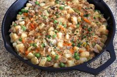 This hash is made with leftover pork and potatoes, and onion, celery, cream of mushroom soup and milk. A pork and potato hash recipe with leftover pork. Homemade Corned Beef Hash Recipe, Leftover Pork Loin Recipes, Leftover Pork Tenderloin, Pork Roast Recipes, Pork Tenderloin Recipes, Leftovers Recipes, Diced Pork Recipes, Roast Brisket, Pork Meals