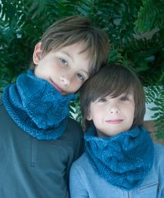 Amy Gropp Forbes of Eclectic Mom: Braided Cowl forKids