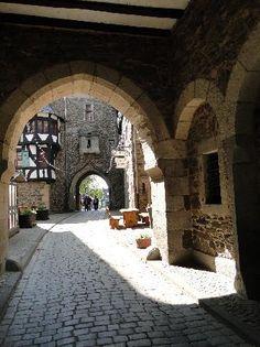 Schloss Burg - Solingen - Bewertungen und Fotos - TripAdvisor