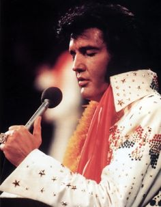 Elvis in concert in Hawaii january 14 1973. A classic picture of Elvis from Aloha from Hawaii.