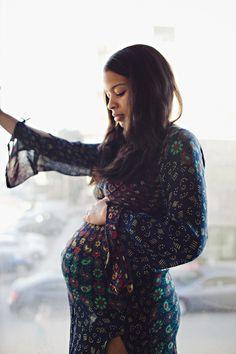Sexy bohemian maternity shoot from Kelly Huljev | 100 Layer Cakelet