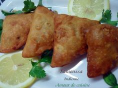 http://amourdecuisine.over-blog.com/article-samoussa-indienne-97307661.html