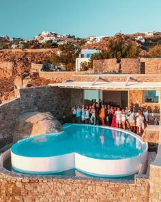 """The Creator Retreat's Instagram photo: """"And that's a wrap! 🎬 We just completed our second Creator Retreat! 🙌🏼 We are so extremely proud of each and every one of the amazing…"""" Cool Pools, Pool Designs, All Over The World, Swimming Pools, The Creator, Spa, Architecture, Amazing, Water"""