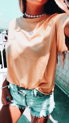 Casual Summer Outfits To Own Now. Women's Outfits. Trendy Summer Outfits, Cute Casual Outfits, Spring Outfits, Summer Fashions, Stylish Outfits, Outfits For School Summer, Teen Summer Clothes, Fall Beach Outfits, Tumblr Summer Outfits