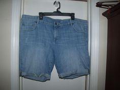 Old Navy Womens Plus Denim Jean Shorts Cuffed Distressed 24 #OldNavy #Denim