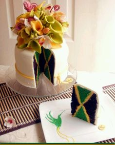 The Jamaica Flag Cake designed by Shaun A. Grant of Sage Delights Cake. Each slice slices the design of the Jamaica National Flag! Ooooh so having this for my wedding! Jamaican Cuisine, Jamaican Dishes, Jamaican Recipes, Jamaican Desserts, Jamaica Cake, Jamaica Flag, Jamaica Jamaica, Falmouth Jamaica, Party