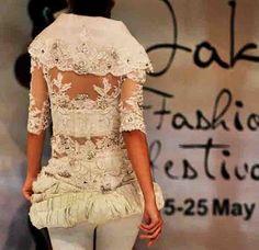 Modern White Kebaya by Indonesian Designer AYOK DWIPANCARA Kebaya 6dec89cd7a