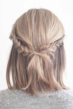 Geflochtene Half-Updo Frisuren z. - Geflochtene Half-Updo Frisuren z. mittleres Matte ★ …, Source by Bestideen - Half Updo Hairstyles, Prom Hairstyles For Short Hair, Braids For Short Hair, Straight Hairstyles, Hairstyles 2018, Hairstyle Ideas, Wedding Hairstyles, Braids Medium Hair, Short Braided Hairstyles