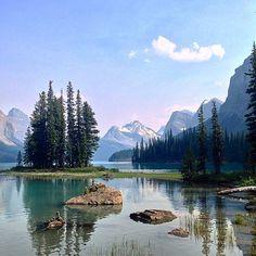 One of the classic views of the Canadian Rockies: Spirit Island in Maligne Lake, Jasper National Park, Alberta #Padgram