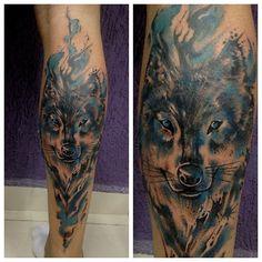 Done today! Feita hj!! Obrigado a todos! Thanks to all!! #eclectictattoostudio #eclectictattoobrazil #everlastcolorspigments #everlastcolors #desenho #draw #tattoo #tatuagem #desenho #draw #watercolorstattoo #wolf #lobo #blue #aquarela