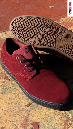 Get the latest colorway of Kevin Long´s pro model from Emerica!
