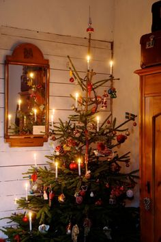 Queen of Kammebornia - Kammebornias advent och jul Swedish Christmas, Merry Little Christmas, Cozy Christmas, Scandinavian Christmas, Country Christmas, Simple Christmas, Vintage Christmas, Christmas Time, Xmas