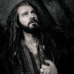 Thorin II Oakenshield, King Under the Mountain. (gif)