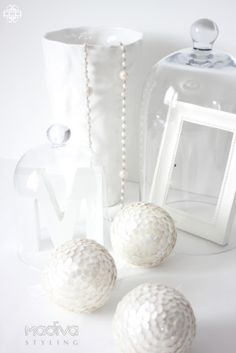 madivacreative: White phot challenge! This is so lovey, and wonderful, and beautiful, and cute, and fresh. So want this in my home!!