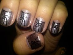 Femme bow nail design. No moon