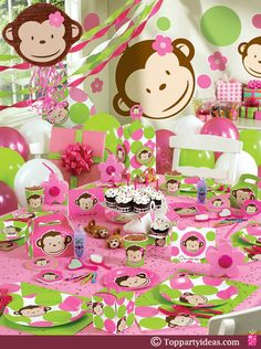 #party #table #themed
