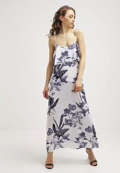 que es un personal shopper - vestido largo flores