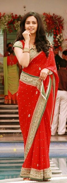 Rakul Preet in Saree Indian Bollywood, Bollywood Fashion, Indian Sarees, Beautiful Bollywood Actress, Most Beautiful Indian Actress, Indian Attire, Indian Wear, Indian Dresses, Indian Outfits