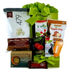 Healthy Gourmet Gifts - Snacks on the Run Organic, $69.00 (http://www.healthygourmetgifts.com/snacks-on-the-run-all-organic/)
