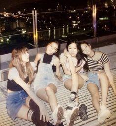 Busan, Yg Entertainment, Super Junior, Blackpink Square One, South Korean Girls, Korean Girl Groups, Pre Debut Photoshoot, Got7, Seoul