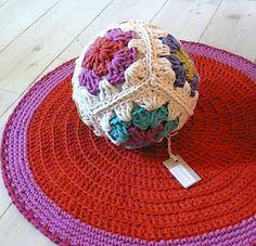 Granny squares Crochet ball