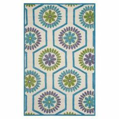 """Brimming with retro-inspired style, this hand-tufted wool rug showcases an ogee-inspired floral motif.  Product: RugConstruction Material: 100% WoolColor: Ivory and blueFeatures:  Hand-tufted0.5"""" Pile heightCotton canvas backing  Note: Please be aware that actual colors may vary from those shown on your screen. Accent rugs may also not show the entire pattern that the corresponding area rugs have.Cleaning and Care: Professional cleaning recommended"""