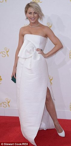 Julianne Hough sported a DSquared dress, Casedei shoes, Swarovski clutch, and Chopard jewels at the 2014 Emmys http://dailym.ai/1lufdYb