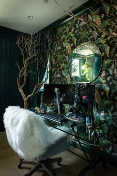 Joey Graceffa's Enchanted Gaming Room Makeover! - The ultimate gamer's room! Kate – Joey Graceffa's Enchanted Gaming Room Makeover! Joey Graceffa, Game Room Decor, Room Setup, Fairytale Room, Fairytale Home Decor, Enchanted Forest Bedroom, Deco Gamer, Manzanita Tree, Muebles Shabby Chic