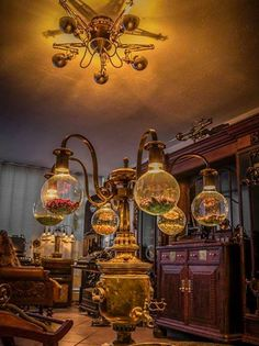 Amazing steampunk decor, yes?