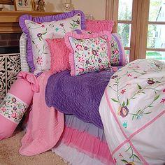 Springtime in the Garden Bedding from PoshTots #bedding #girls #bed #linens