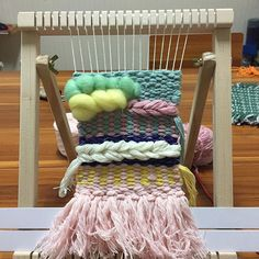 #기초과정👌❤️🐶🐾😍#위빙#위빙타피스트리#광주위빙#광주위빙공방#워빙유#위빙유위빙팩도리#취미위빙#클래스문의#네이버블로그위빙유검색#weaving #weavingtechniques #위빙유#weavingtapestry #wallhanging #handmade#webeingU#제품문의 #
