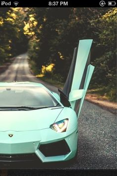 Sexy car, n the mint green!!!