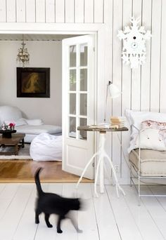 Farmhouse White Interior