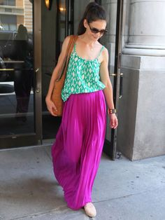 Katie Holmes: Bright and Breezy.