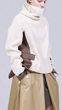 Combine knit and fabric for couture fashion , make inspirations Knitwear Fashion, Knit Fashion, Look Fashion, Fashion Details, Fashion Design, Fashion Trends, Modelista, Future Fashion, Mode Inspiration