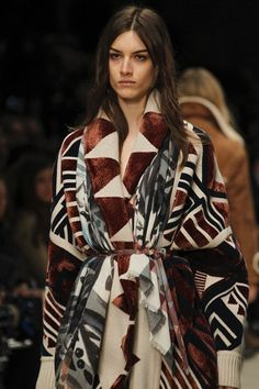 http://www.vogue.co.uk/fashion/autumn-winter-2014/ready-to-wear/burberry-prorsum/close-up-photos/gallery/1125811