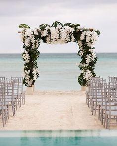 40  Great Ideas of Beach Wedding Arches   http://www.deerpearlflowers.com/40-great-beach-wedding-arches/