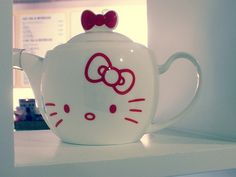 hello kitty teapot for Mari the Hello Kitty thing!