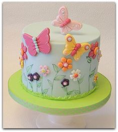 Many individuals don't think about going into company when they begin cake decorating. Many folks begin a house cake decorating com Birthday Cakes Girls Kids, Butterfly Birthday Cakes, Baby Birthday Cakes, Butterfly Cakes, Butterfly Party, Fondant Birthday Cakes, Butterflies, 5th Birthday, Happy Birthday